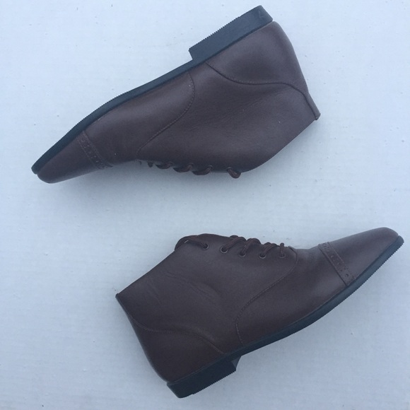 bfe7b333fc0d8 80s vintage brown leather booties Sz 7